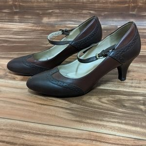 Naturalizer women heels size 7